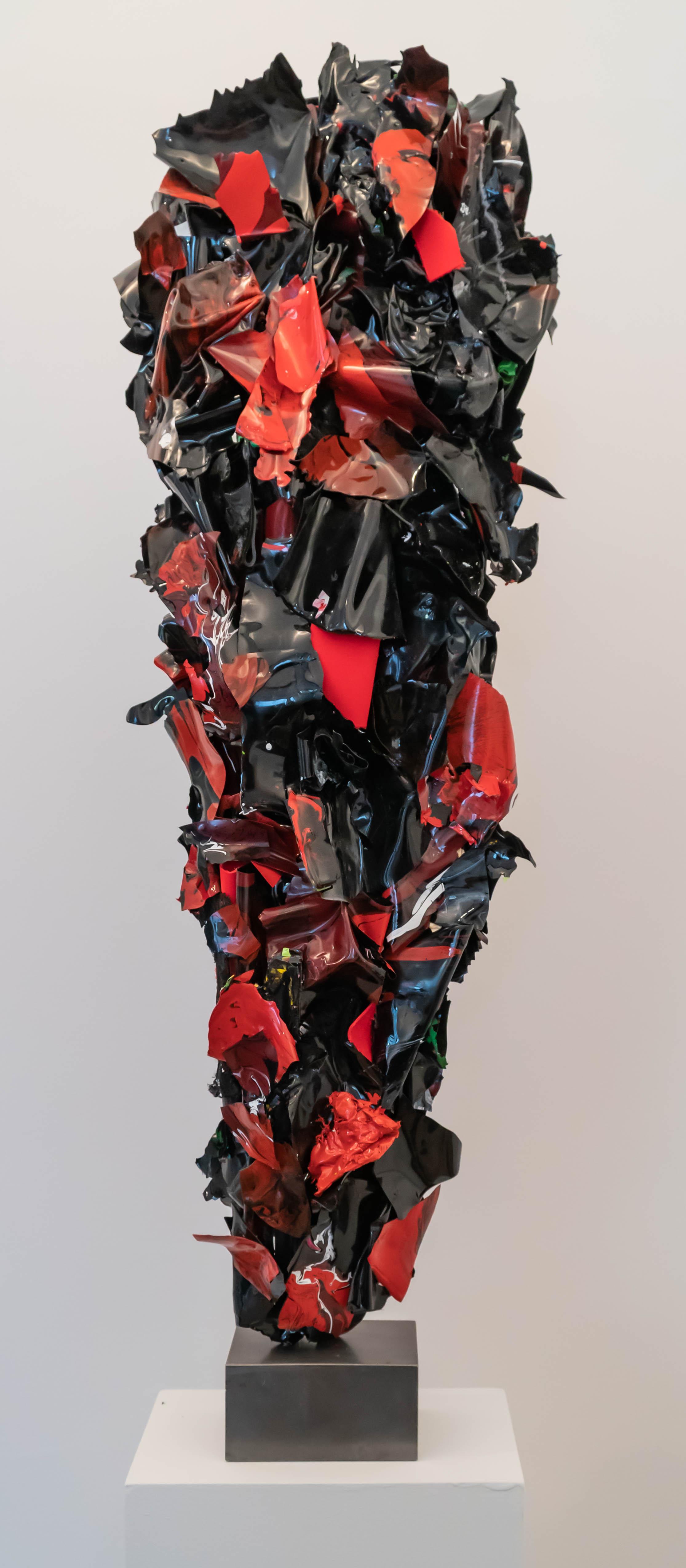 """Ariane Kipp, """"Sinnlich"""", 2018, Lack und Stahl, 88 cm"""